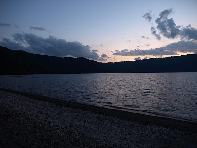 十和田湖 (9/22)_b0006870_1148394.jpg