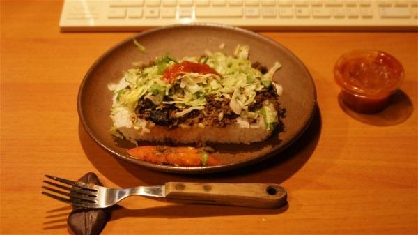 夕飯はタコライス_e0166355_197415.jpg