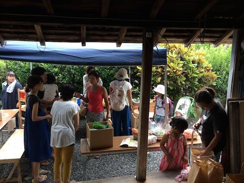 宇検村のゆわんマーケットへ!_e0220493_22233732.jpg