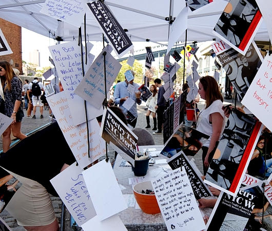 NYの詩の先生たちによるPoetry Teachers NYCのテント_b0007805_9205794.jpg