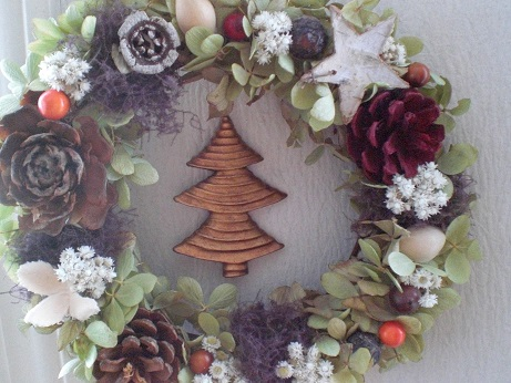 秋冬長く飾れるクリスマスリース_c0207719_14164382.jpg