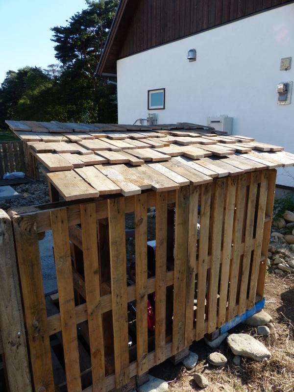 小屋造り。。_a0288621_08561483.jpg