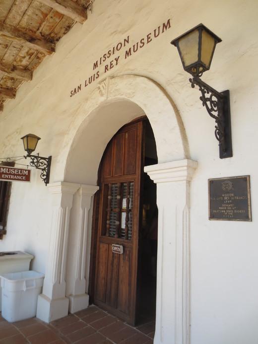 第18堂San Luis Rey de Francia_e0131324_2122882.jpg