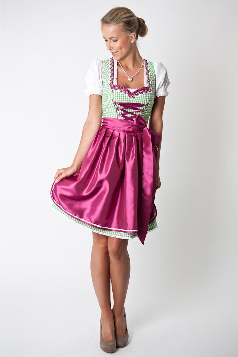 Traditional Bavarian Clothes_e0169998_17104377.jpg