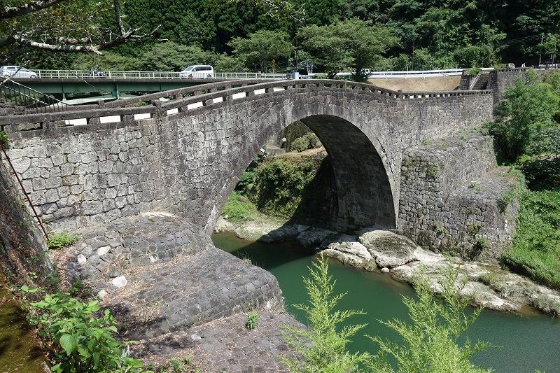 石橋と実用の美 -通潤橋と霊台橋-_d0116009_7201772.jpg