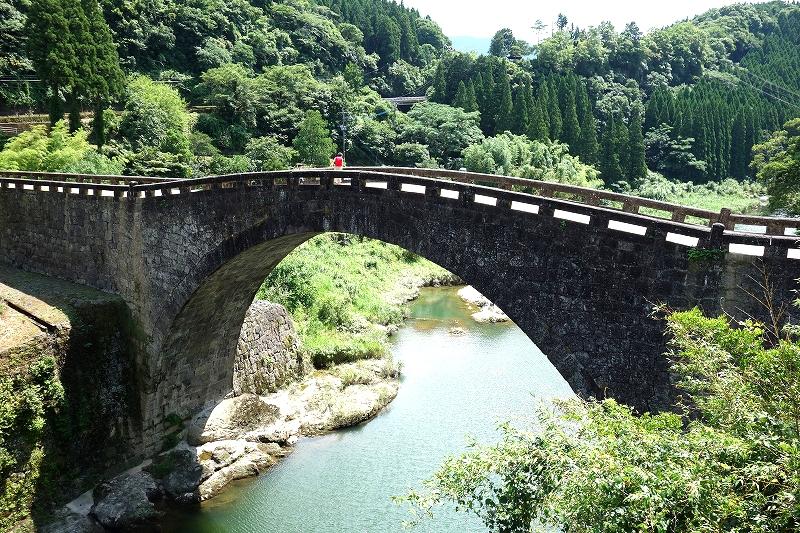 石橋と実用の美 -通潤橋と霊台橋-_d0116009_7262744.jpg