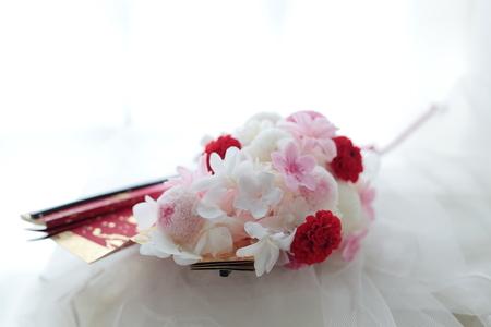 白無垢のブーケ 扇に白と赤の花で  心配性_a0042928_22421750.jpg