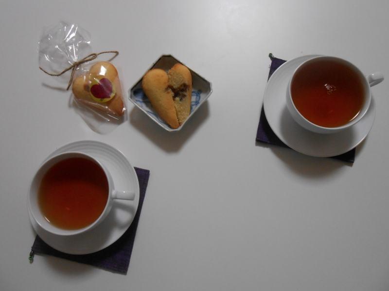 収穫から帰ってきて一息。奥野田スイーツでお茶です。_a0095931_1004026.jpg
