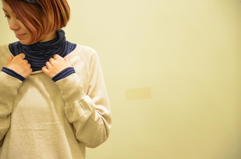 何を着たらいいのが迷ってしまうこの季節。スタッフオススメのtumuguのランダムリブニットP/Oをご紹介です☆_a0256162_19521253.jpg