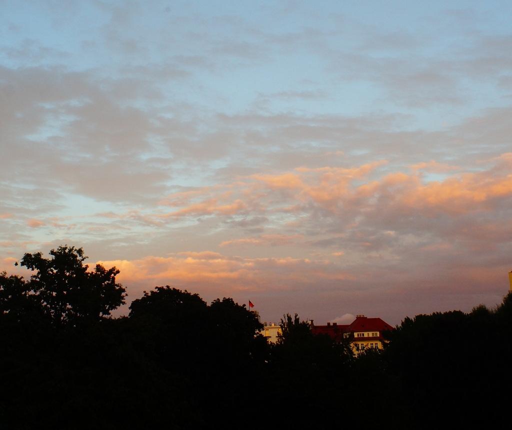 Super Angulon 21mmの夕焼け。_c0180686_02040899.jpg