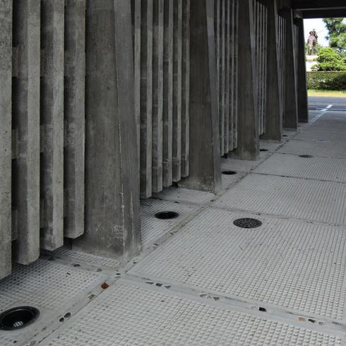松江城内の擬洋風建築「興雲閣」とモダン建築 02_f0099102_17432124.jpg