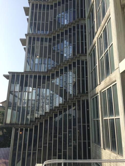 松江城内の擬洋風建築「興雲閣」とモダン建築 02_f0099102_17441596.jpg