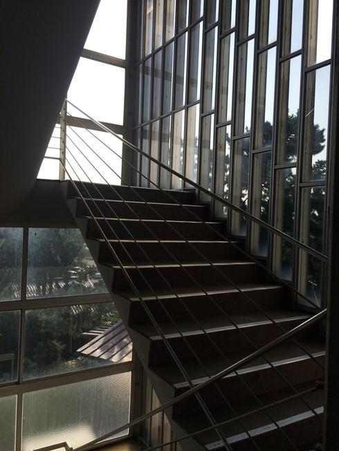 松江城内の擬洋風建築「興雲閣」とモダン建築 02_f0099102_17442840.jpg