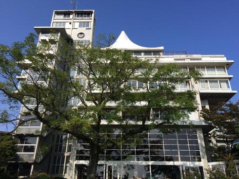 松江城内の擬洋風建築「興雲閣」とモダン建築 02_f0099102_1745532.jpg