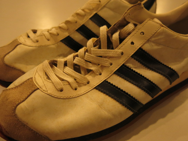 ""\""""adidas COUNTRY Made in France""""ってこんなこと。_c0140560_10295562.jpg""640|480|?|en|2|1f433b9c06c11e051ee4da2fa1172219|False|UNLIKELY|0.3053504228591919