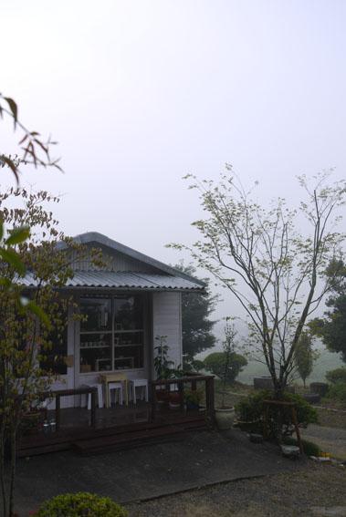 霧の朝&今月の予定_c0334574_7472631.jpg