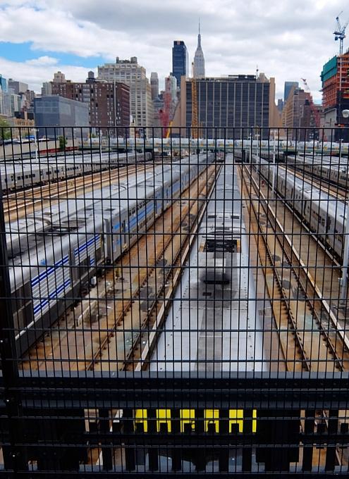 ニューヨークの空中公園ハイライン、ついに第三区間オープン!!!_b0007805_22375993.jpg