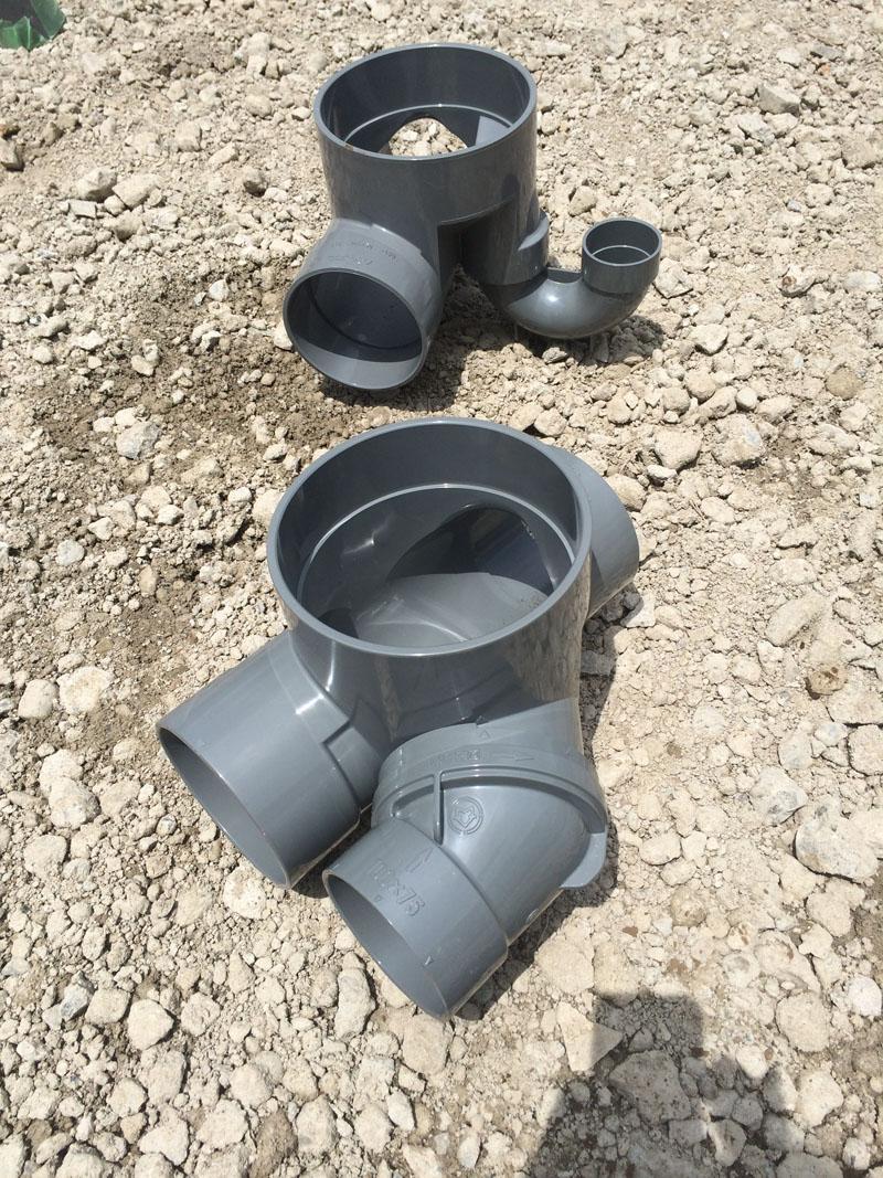 先行排水工事中_a0148909_19475849.jpg