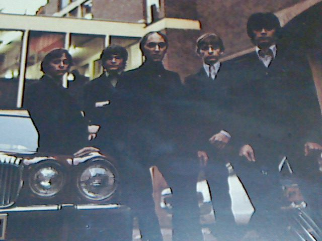 Shake Some Action / Flamin\' Groovies_c0104445_23174849.jpg