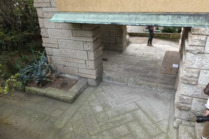 「加地邸をひらく-継承をめざして」 葉山 加地邸 昭和3年竣工 設計 遠藤新_f0156448_20505056.jpg