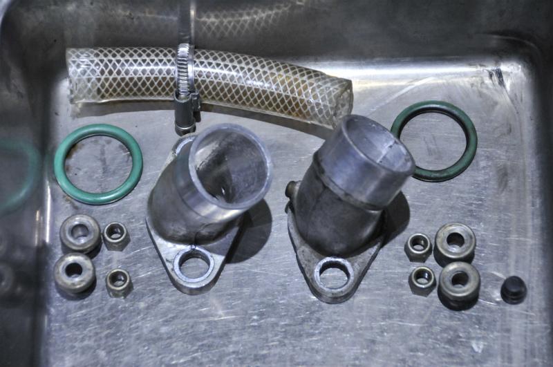 DUCATI   F1 エンジン全バラ写真集vr1_a0051924_21413382.jpg