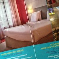 フランスでのホテルは_b0199526_10175165.jpg
