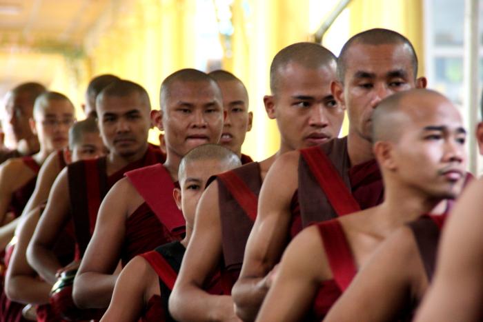 ミャンマー旅行へ行ってきました!・・・白髭_d0138130_11522862.jpg
