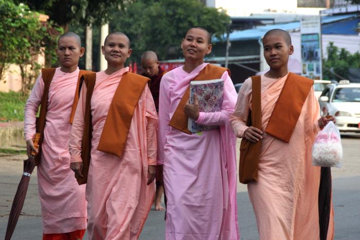 ミャンマー旅行へ行ってきました!・・・白髭_d0138130_11532549.jpg