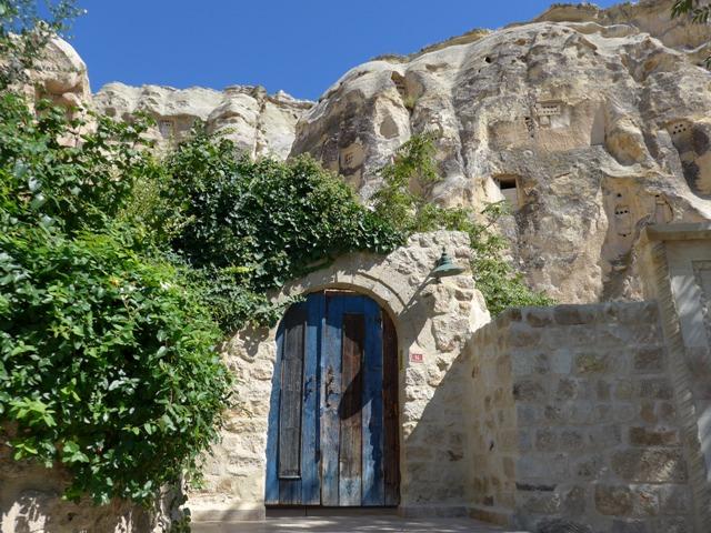 カッパドキアへ行く。② ~絶景洞窟ホテルの話~_f0232060_1318114.jpg