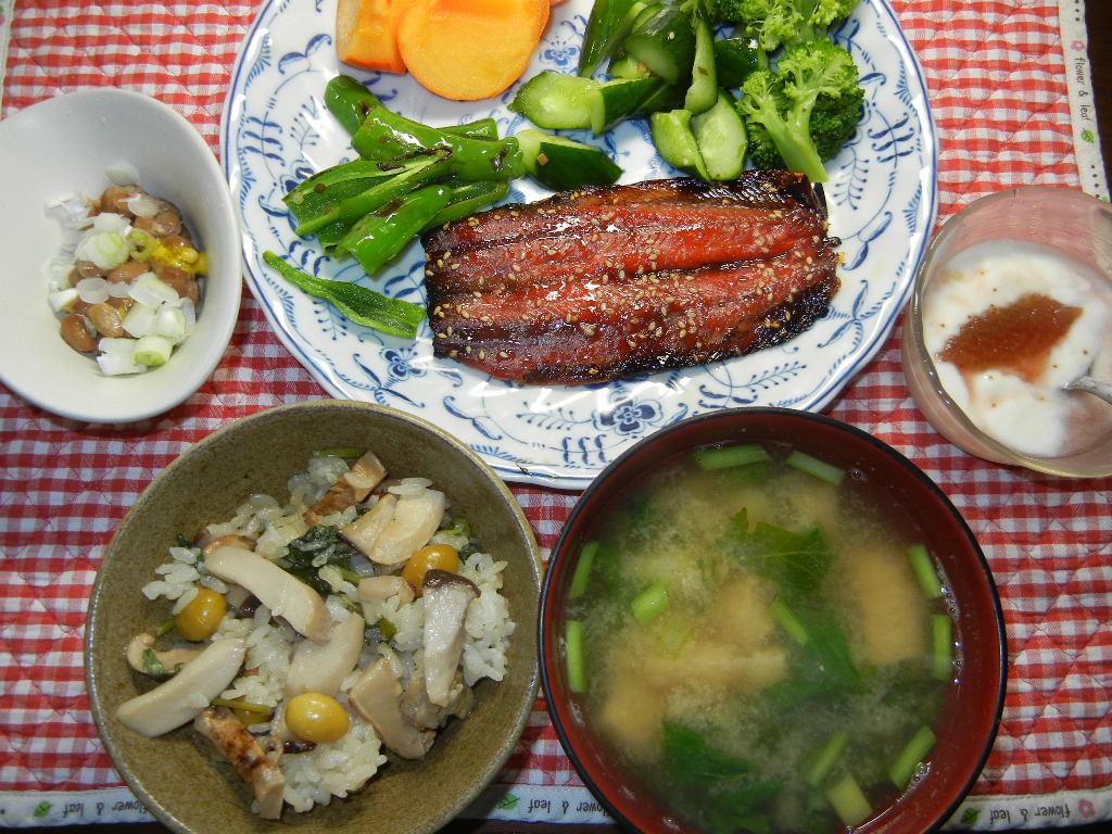 '14,10,5(日)キョンのスクープと松茸ご飯!_f0060461_10263193.jpg