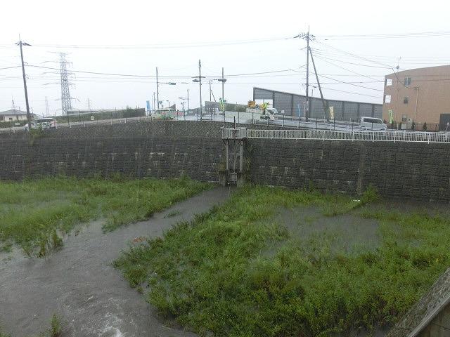 台風18号はこれから数時間が最も危険 万全な態勢で!_f0141310_7523936.jpg