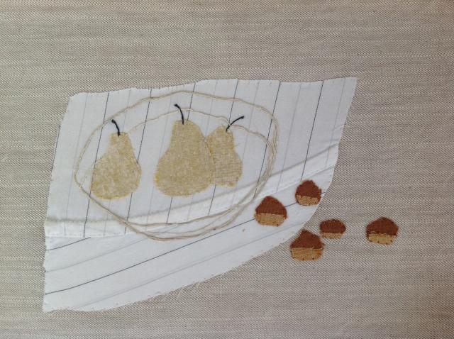 洋梨と栗。切り屑布でアップリケ_d0101846_07223665.jpg