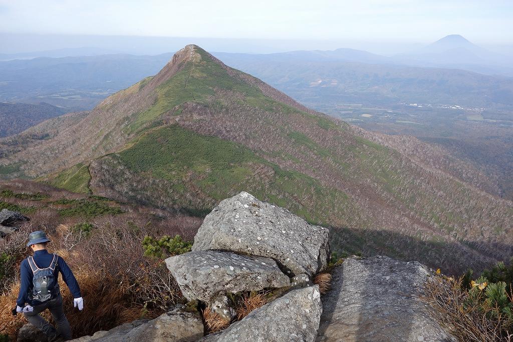 ホロホロ山と徳舜瞥山、10月5日-その1-_f0138096_11421966.jpg