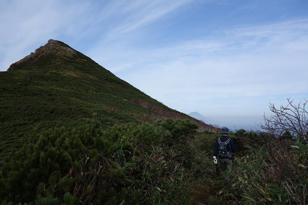 ホロホロ山と徳舜瞥山、10月5日-その1-_f0138096_11422721.jpg