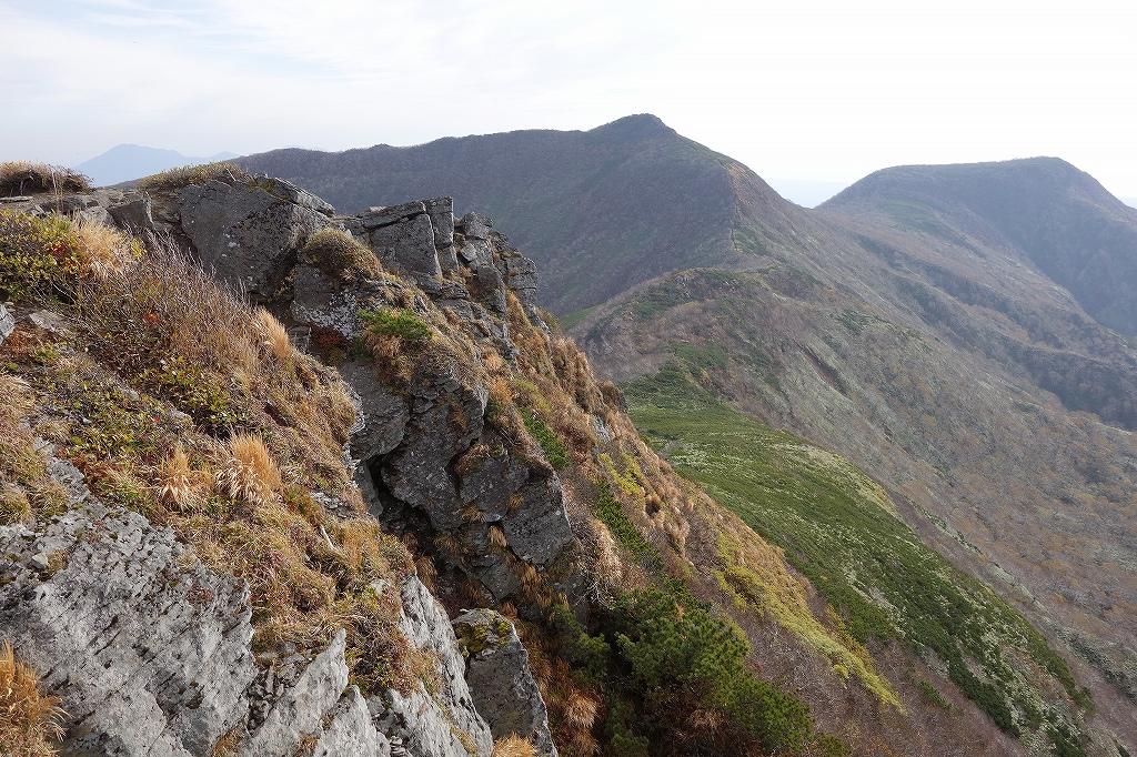 ホロホロ山と徳舜瞥山、10月5日-その1-_f0138096_11424359.jpg