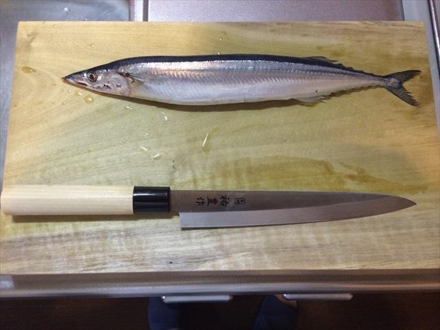 秋の秋刀魚を3枚におろす_f0207410_17342449.jpg