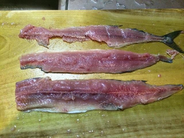 秋の秋刀魚を3枚におろす_f0207410_173431100.jpg