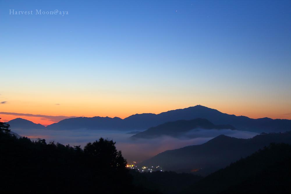 雲海、そして夜明け_b0208495_062288.jpg