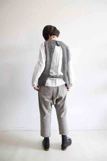 Icelandic wool 後ろ開きベスト_f0215708_10385155.jpg