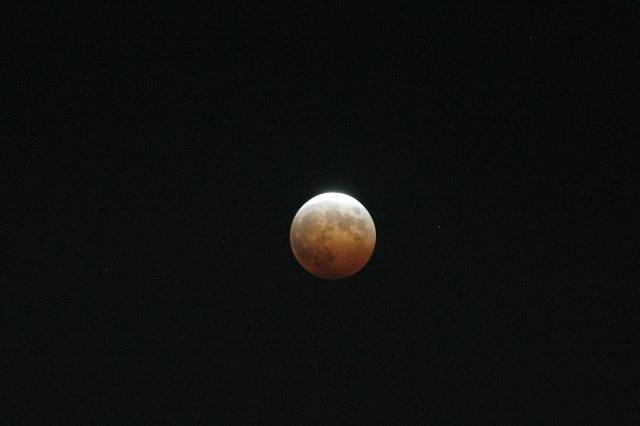 皆既月食_c0048117_23544640.jpg