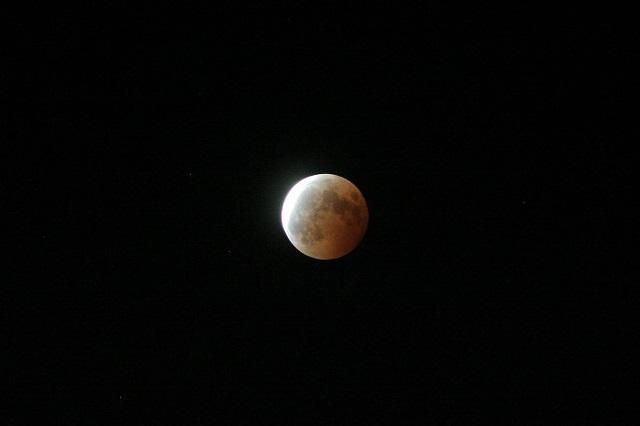皆既月食_c0048117_23555354.jpg