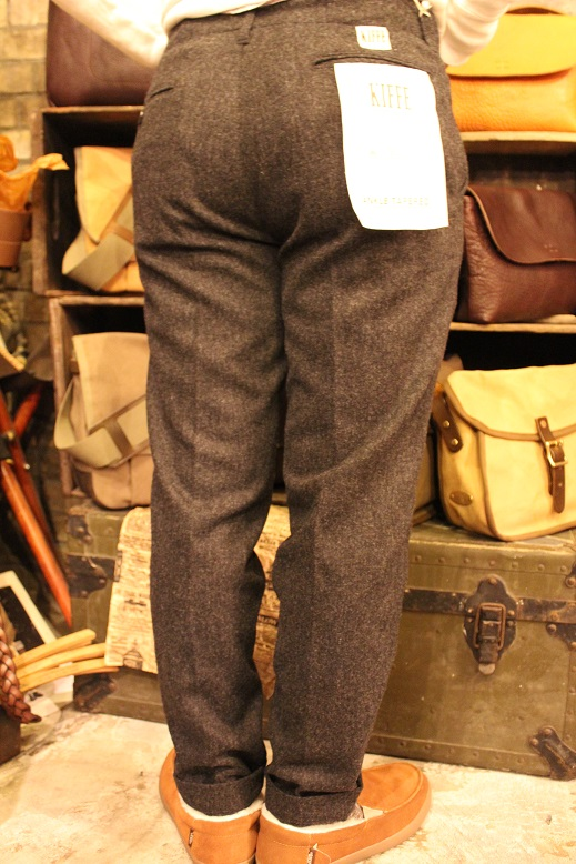 "KIFFE ""WOOL STRETCH TAPERED PANTS\"" & KAMO_f0191324_12161727.jpg"