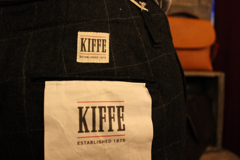 "KIFFE ""WOOL STRETCH TAPERED PANTS\"" & KAMO_f0191324_12173154.jpg"