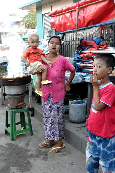 ミャンマーの人々02・・・白髭_d0138130_17331088.jpg