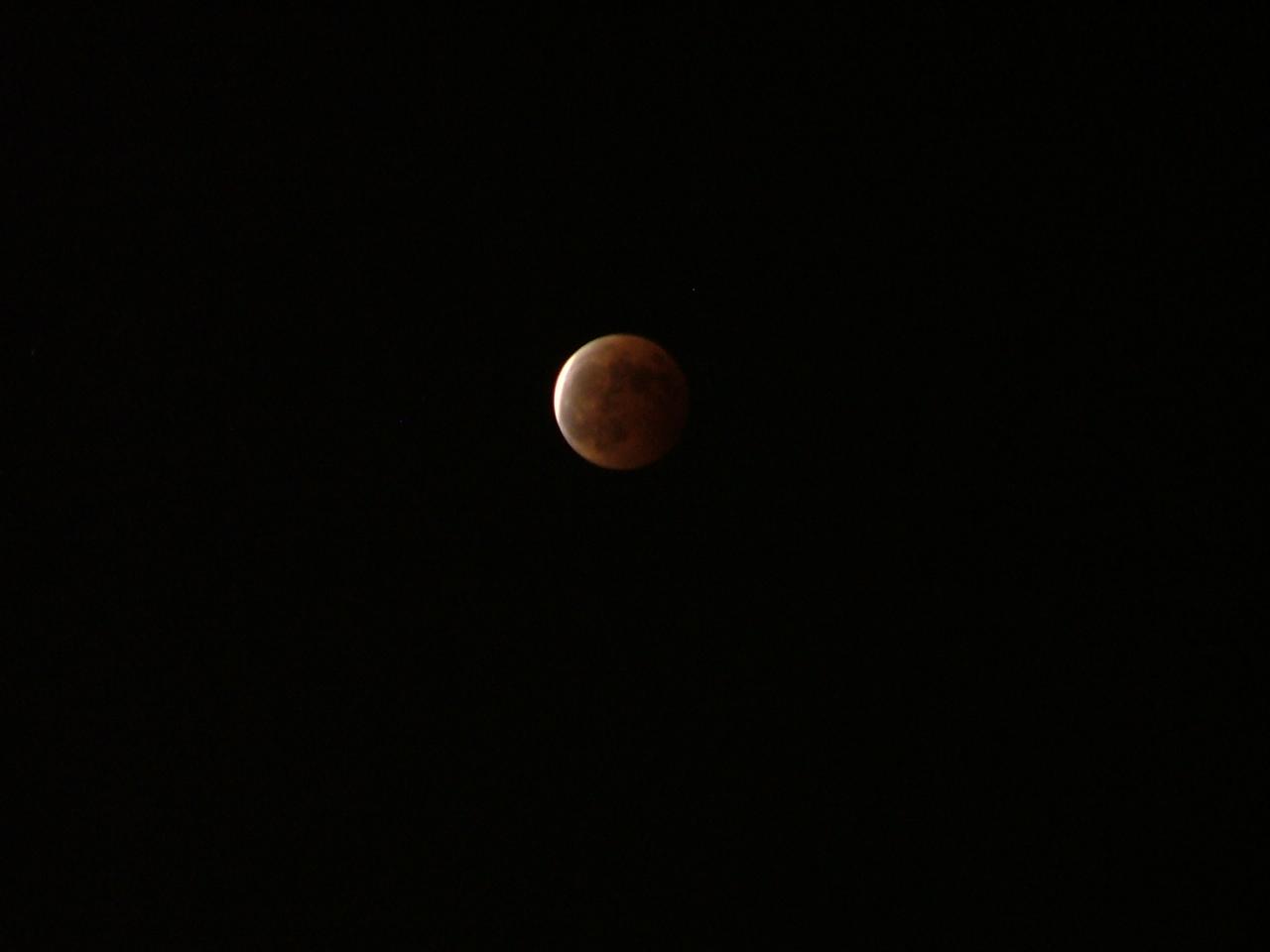月食_c0206645_21361723.jpg