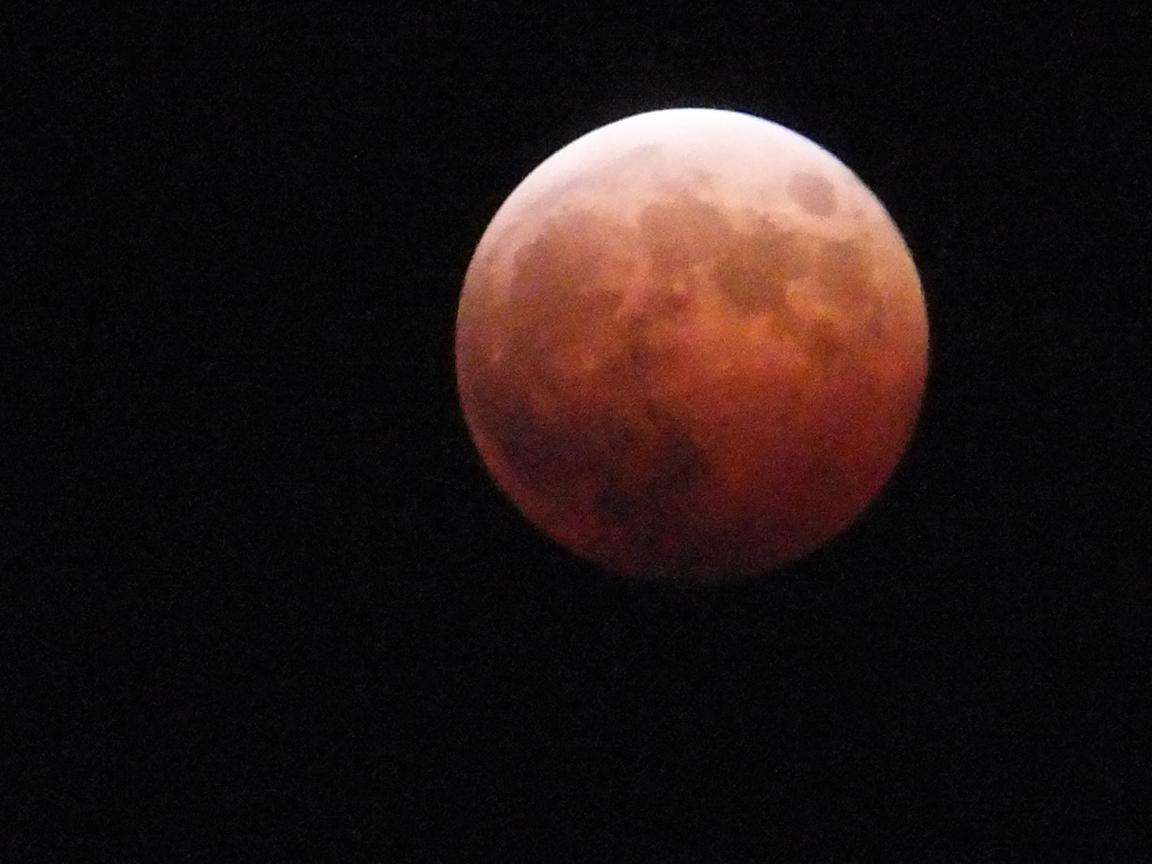 皆既月食_f0155808_19283582.jpg