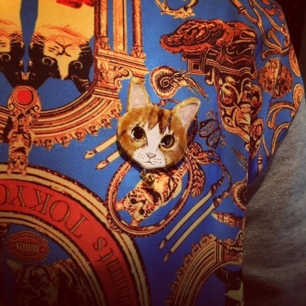 猫顔ブローチ&きみどりかえるさんの個展・西荻窪ニヒル牛2_a0137727_00012930.jpg