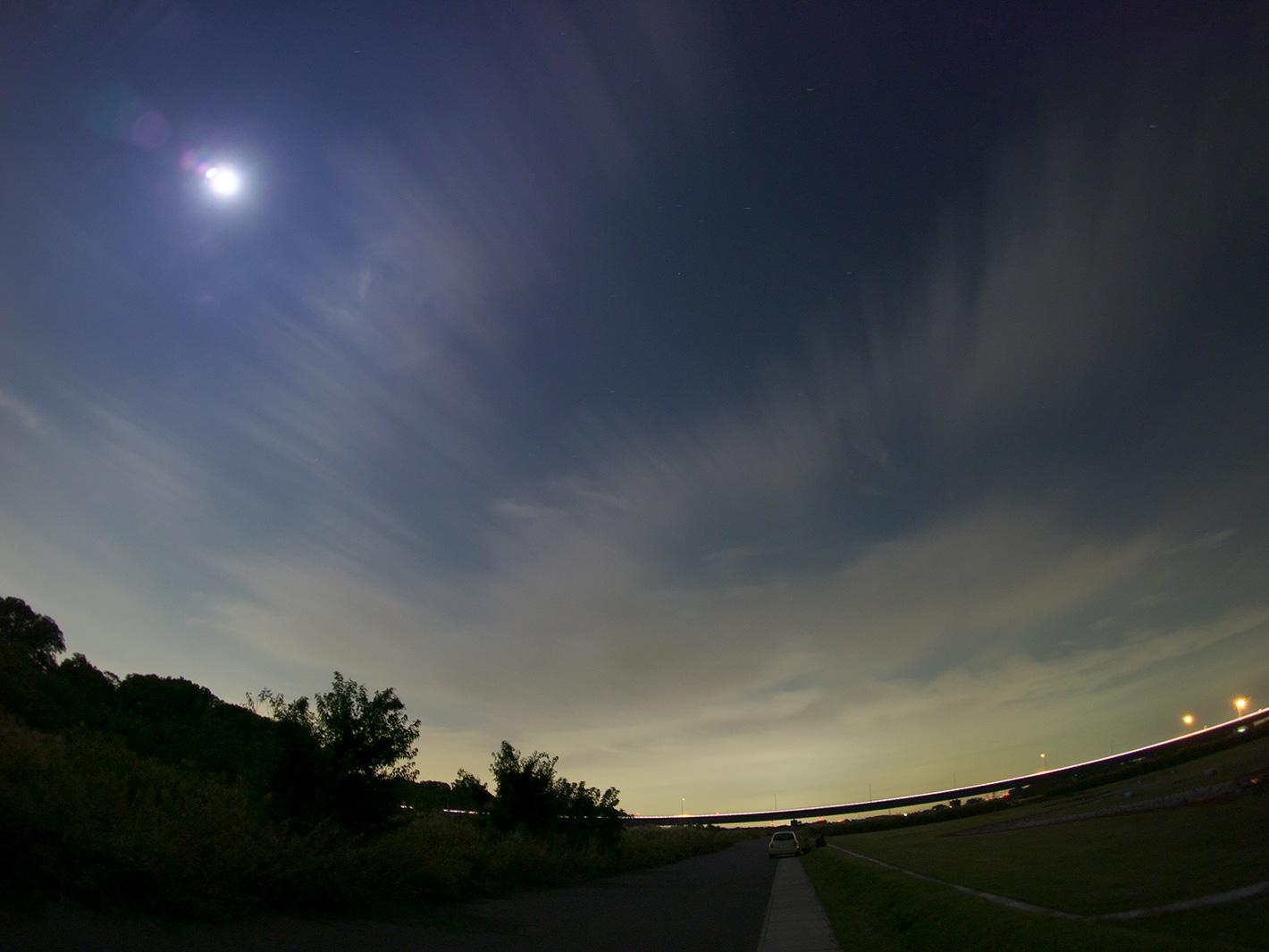月蝕の夜_f0121181_1273876.jpg