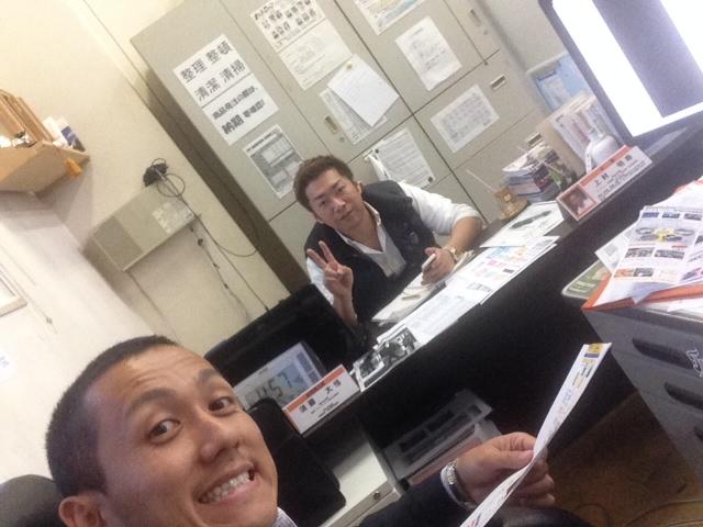 10/10(金)店長のニコニコブログ~ランクル アルファード ハマー_b0127002_22325754.jpg