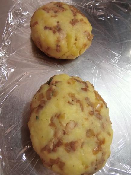キタアカリと、みのう豚の 手作り「コロッケ」で。_a0125419_20235513.jpg